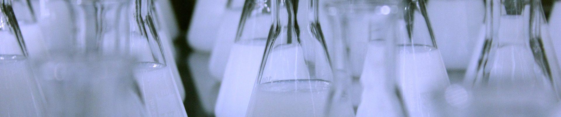 flasks-606612_1920